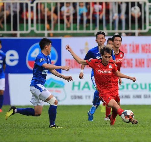 Công Phượng 'tịt ngòi' ở Incheon, Văn Toàn dẫn đầu 'Vua phá lưới' V.League
