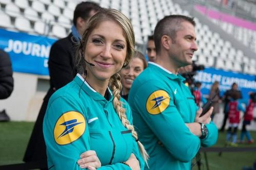 Tổ trọng tài nữ bắt Siêu cúp châu Âu, UEFA nhận 'gạch đá'