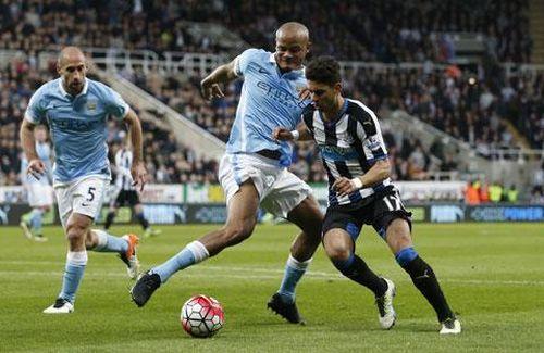 Hòa Newcastle, Man City có nguy cơ văng khỏi top 3