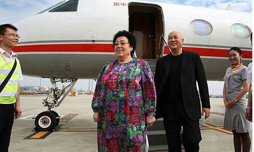 Vợ tỷ phú di chúc để phần lớn tài sản cho 'Đường Tăng'