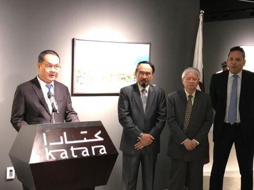 Khai mạc Triển lãm tranh phong cảnh Việt Nam tại Qatar
