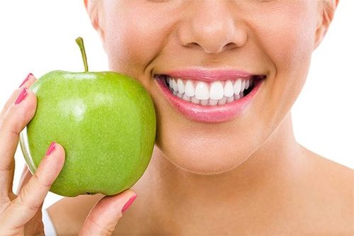 Thói quen ăn uống cho răng khỏe mạnh
