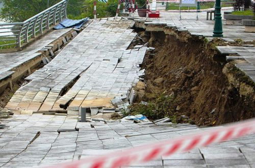 Thanh Hoa approves 1.46 million USD for dyke repairs
