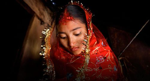 Số phận bi thảm của bé gái Ấn Độ bị bán vào động mại dâm năm 9 tuổi