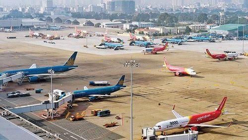 Bộ Giao thông yêu cầu phạt nặng chuyến bay bị chậm, hủy