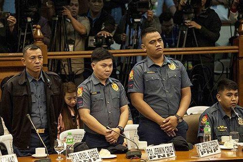 Philippines phạt tù 3 cảnh sát bắn chết người