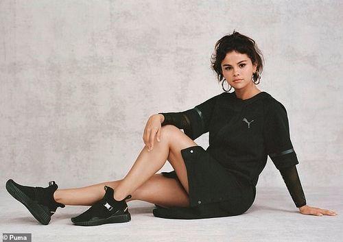 Selena Gomez tái xuất xinh đẹp sau thời gian điều trị tâm lý
