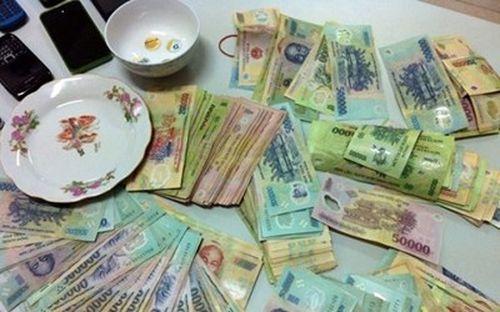Cựu Thượng úy Công an bị bắt về hành vi tổ chức đánh bạc