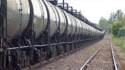 Canada muốn tăng cường xuất khẩu dầu bằng tàu hỏa