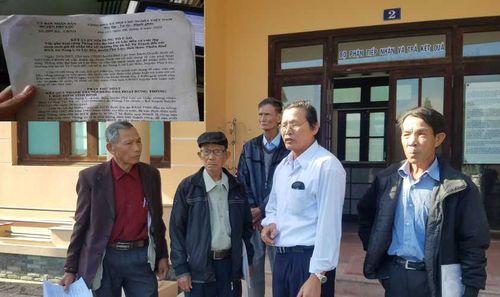 Vì sao dân kéo đến kỳ họp HĐND tỉnh Thừa Thiên - Huế đòi xử lý cán bộ tiêu cực?
