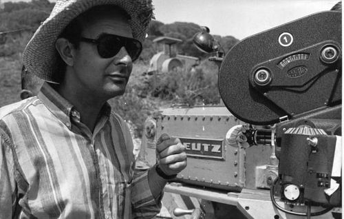 Đạo diễn bộ phim 'Singin' in the Rain' qua đời ở tuổi 94