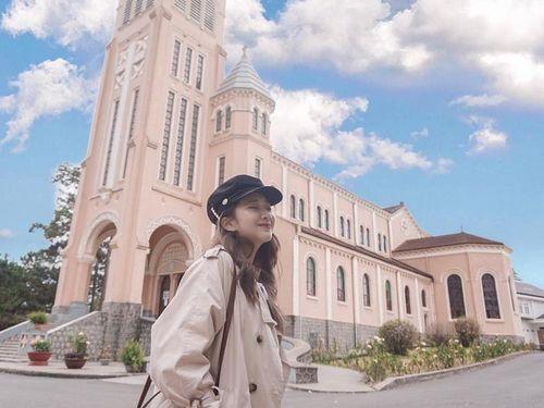Vì sao nhà thờ chính tòa Đà Lạt còn gọi là nhà thờ Con Gà?