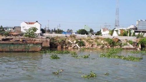 Quyết định tình huống khẩn cấp sạt lở bờ sông Hậu tại khu vực bến đò Cần Xây