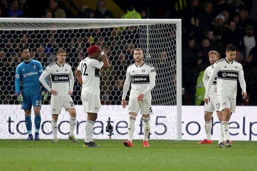 Xác định CLB thứ 2 phải xuống hạng ở Premier League