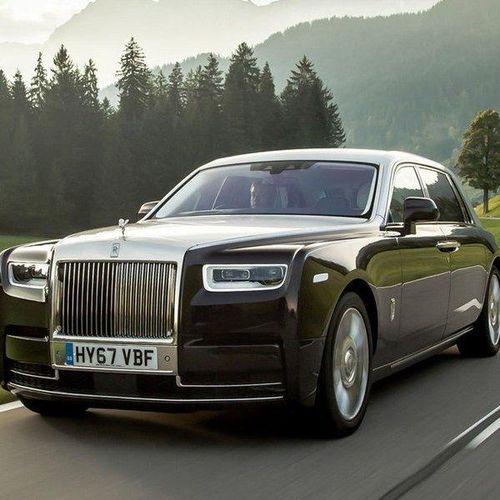 Rolls-Royce Phantom tùy chọn Privacy Suite: Đỉnh cao riêng tư, tột cùng tinh tế