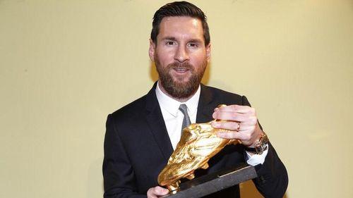 Biếm họa 24h: Messi dành cả tuổi thanh xuân để săn giày vàng châu Âu