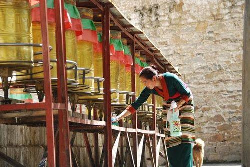 Bài 1: Quyến rũ những sắc màu Tây Tạng