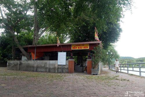 Ngôi đền 'tối linh' ở trung tâm thị xã Thái Hòa