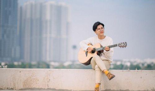 Thành Nghiệp 'hoàng tử ballad' đã trở lại và lợi hại hơn với ca khúc 'Trong veo' đầy cảm xúc