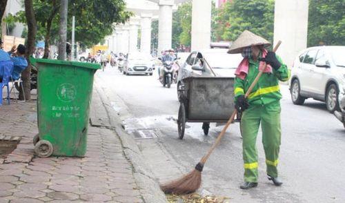 Chuyện đời bên những xe rác: Ôm gối khóc một mình vì… tủi thân