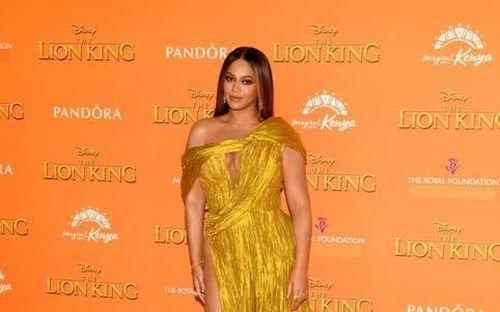 Beyonce diện thiết kế của Công Trí tại buổi công chiếu 'The Lion King'