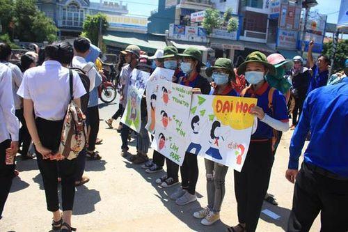 Quảng Ngãi: Trung tâm Giáo dục thường xuyên không có thí sinh nào đỗ tốt nghiệp