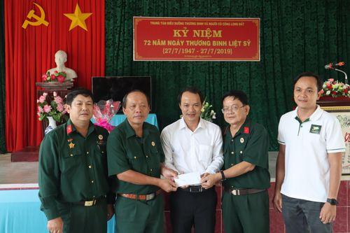 Sở Tư pháp TP.HCM thăm trung tâm điều dưỡng thương binh nặng