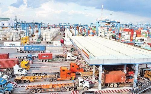 Đầu tư phát triển hạ tầng giao thông, bảo đảm vận tải hàng hóa khu vực Cảng Cát Lái