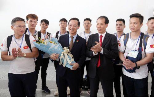 Đoàn thí sinh Việt Nam lên đường tham dự Kỳ thi tay nghề thế giới