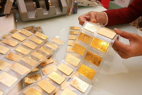 Giá vàng đứng im, có nên đổ tiền vào vàng tuần này?
