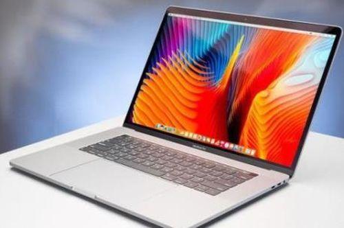 Singapore cấm mang một số mẫu Macbook Pro trên máy bay