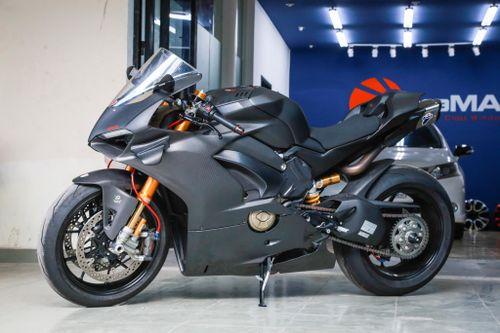 Dân chơi Sài Gòn bỏ 800 triệu độ Ducati V4 S thành V4 R full-carbon