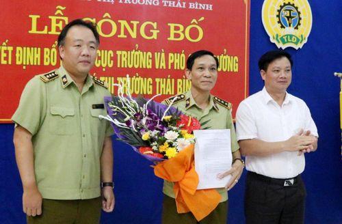 Thái Bình: Công bố quyết định bổ nhiệm Cục trưởng và Phó Cục trưởng Cục Quản lý thị trường tỉnh.