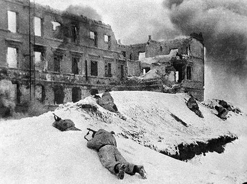 Giải mã chiến thuật bao vây quân Đức tại Stalingrad của Liên Xô