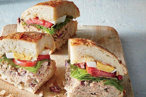Sandwich và 5 món nổi tiếng được tạo ra nhờ ăn may