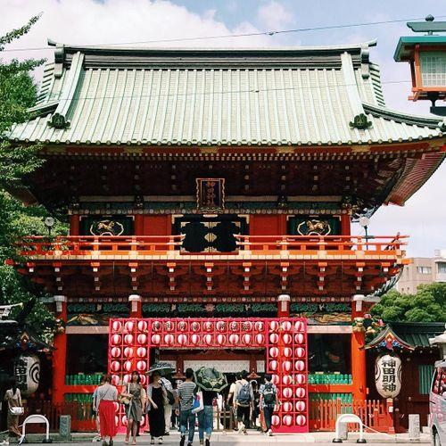 Các điểm tâm linh nổi tiếng ở Tokyo để cầu duyên, sự nghiệp và bình an