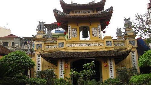 Độc đáo những ngôi chùa mang tên bóng hồng đất Thăng Long