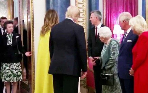 Sự thật phía sau video gây tranh cãi trong lễ đón Tổng thống Trump tại Cung điện Buckingham