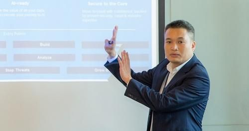Chuyển đổi số: Thế giới sang giai đoạn hai, doanh nghiệp Việt vẫn còn gặp khó