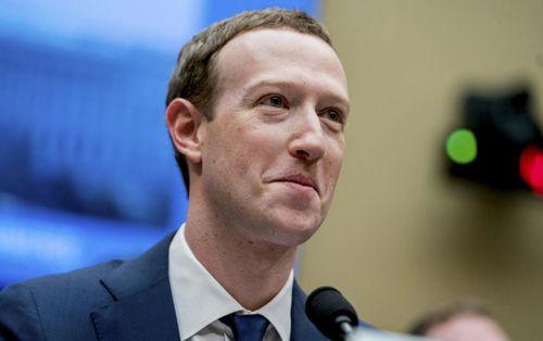 Ngập ngụa trong bê bối, ông chủ Facebook vẫn 'đút túi' 27,3 tỷ USD trong năm qua