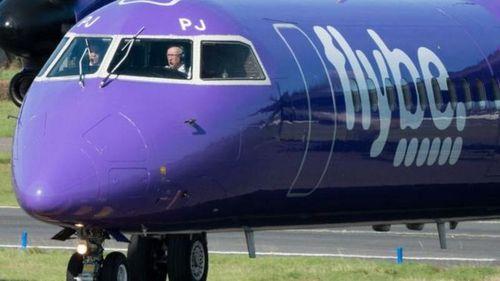 Chính phủ Anh quyết định 'giải cứu' hãng hàng không giá rẻ Flybe