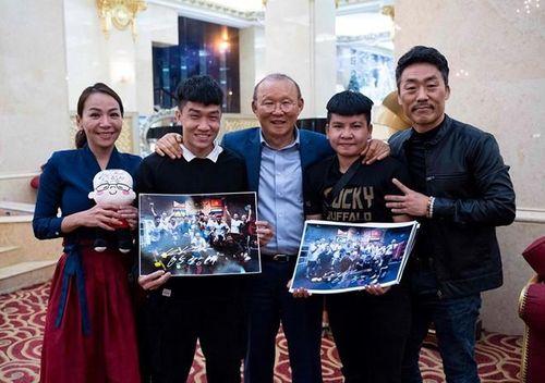 HLV Park Hang Seo bóng đá gặp 'Park Hang Seo boxing'