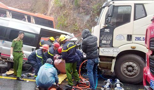 Tai nạn nghiêm trọng khiến 7 người thương vong trên QL1A