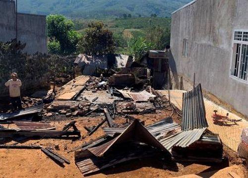 Lâm Đồng: Hỏa hoạn thiêu rụi nhà dân