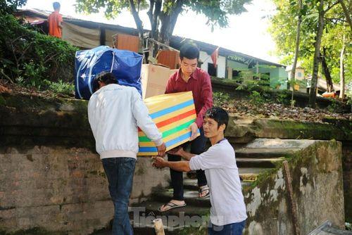 Những hình ảnh 'lịch sử' về cuộc di dân đặc biệt khỏi Kinh thành Huế
