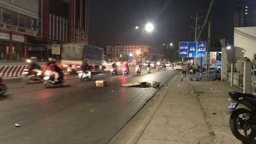 Băng qua đường lúc rạng sáng, người phụ nữ bị ô tô tông tử vong tại chỗ
