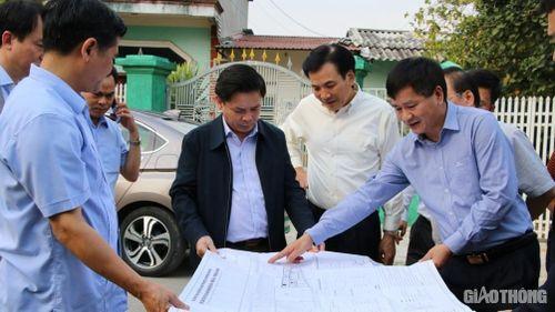 Bộ trưởng Nguyễn Văn Thể kiểm tra quy hoạch tổng thể sân bay Điện Biên