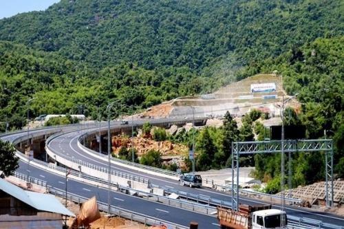 Đề xuất triển khai tiếp 11 dự án cao tốc khép kín tuyến đường bộ Bắc-Nam