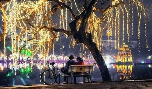 Top địa điểm vui chơi ngày 8/3 cực 'hot' cho các cặp đôi ở Hà Nội