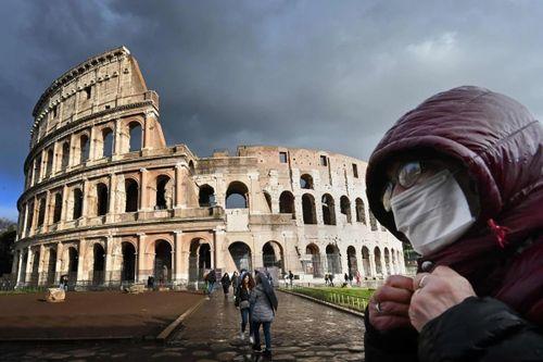 Italy cô lập miền Bắc, dân hoảng loạn chạy khỏi 'vùng đỏ'